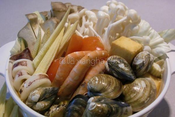 咖哩海鲜锅的做法