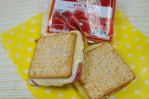 饼干三明治的做法