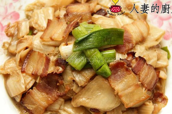 酸白菜炒腊肉的做法