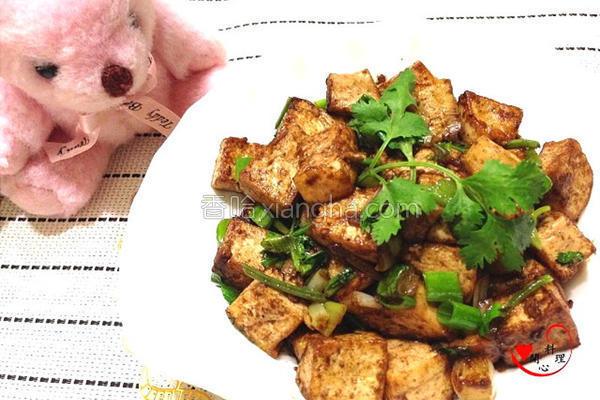 干香豆腐丁的做法