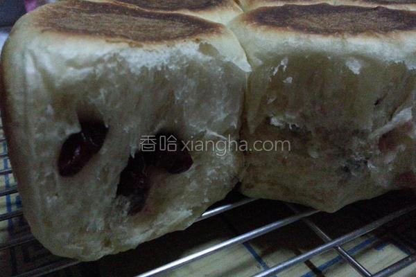 蔓越莓干餐包的做法