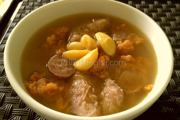芋头排骨酥汤的做法