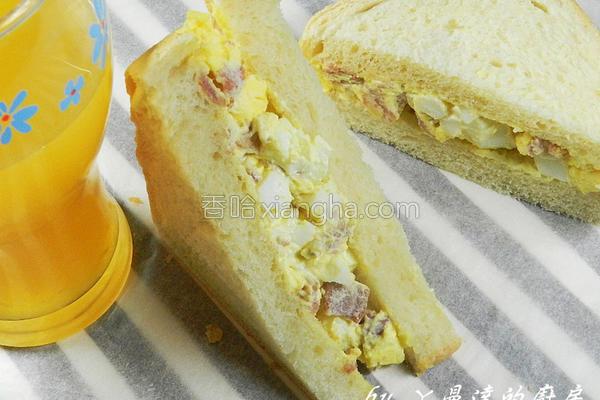 培根蛋沙拉土司的做法