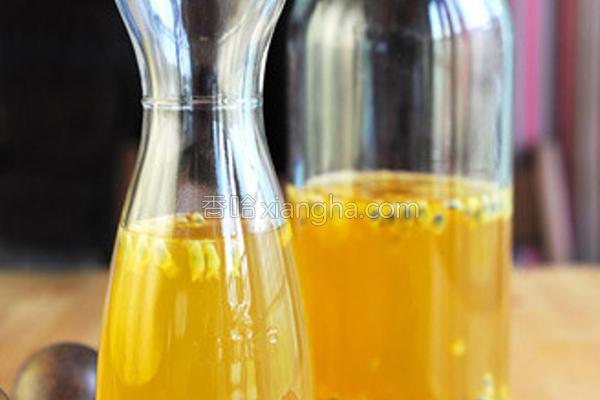 百香果蜂蜜绿茶的做法