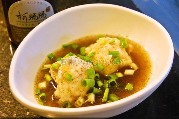 黑木耳墨鱼丸汤的做法