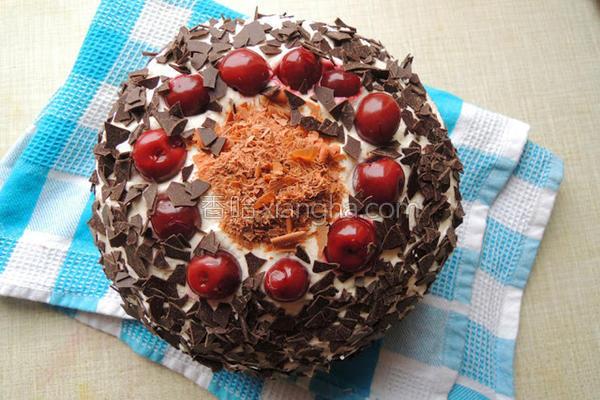 德式黑森林蛋糕的做法