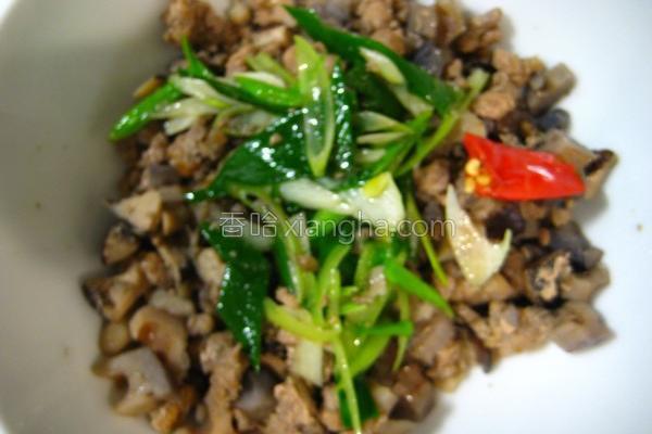 香菇莲藕肉臊饭的做法