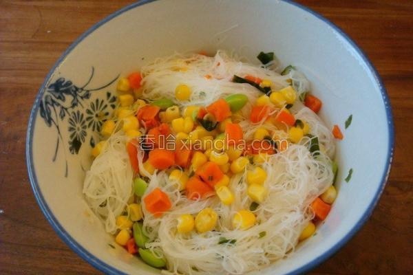 蔬食米粉的做法