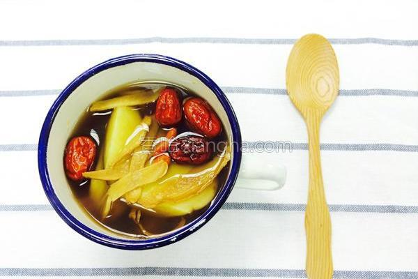 黑糖姜地瓜甜汤的做法
