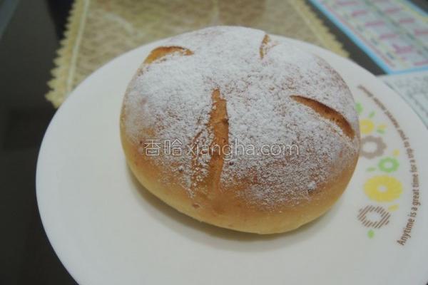面粉鲜奶乳酪面包的做法