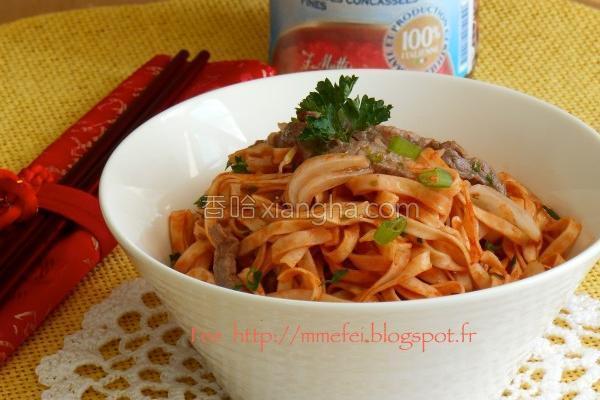 茄汁牛肉炒方便面的做法