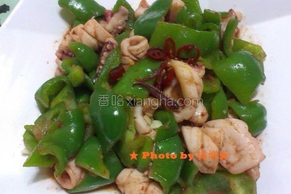 沙茶鱿鱼炒青椒的做法