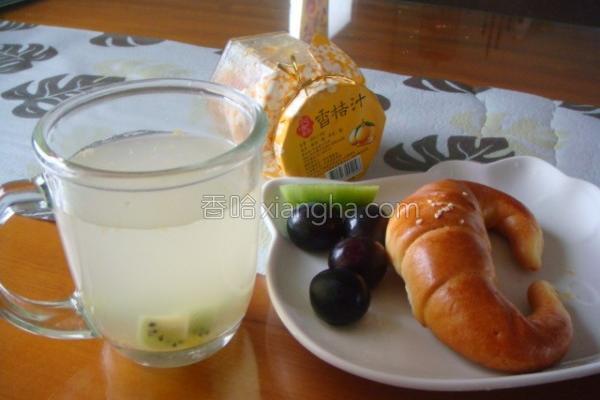 香秸蜂蜜柠檬汁的做法