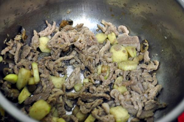 桔酱筊白笋肉丝的做法