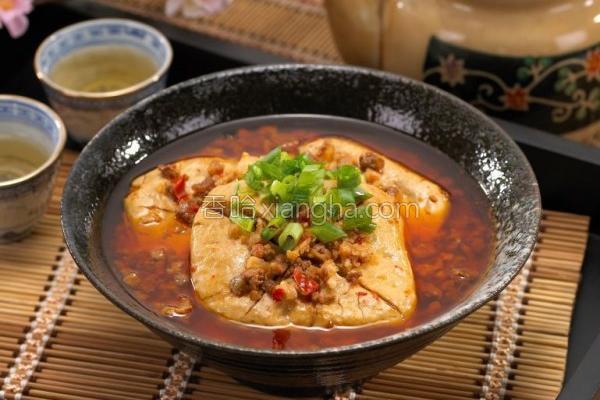剁椒鸭血臭豆腐的做法