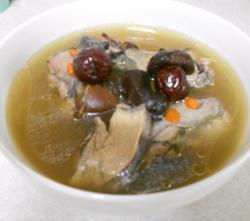 香菇乌鸡汤的做法图解5