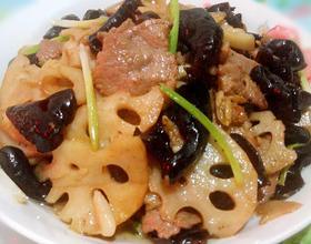 木耳莲藕炒肉片