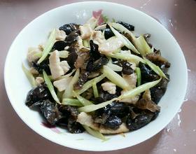 芹菜黑木耳肉片