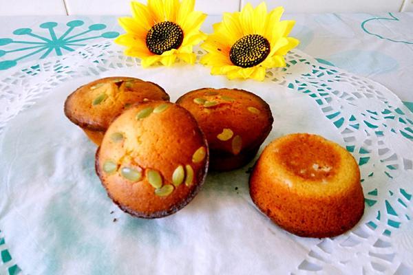 南瓜籽蜂蜜小蛋糕