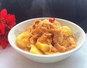 酸菜炖五花肉粉条