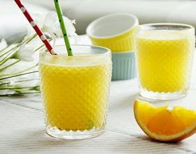 鲜榨蜜梨香橙汁[图]