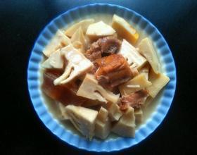 毛笋炖腌肉