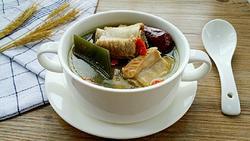 海带枸杞排骨汤的做法图解9