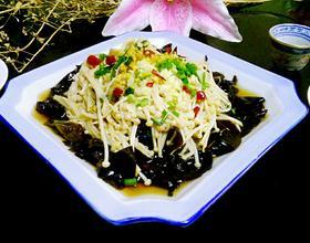 凉拌黑木耳金针菇(降血压的菜)