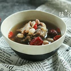 杜仲花生牛尾汤的做法[图]