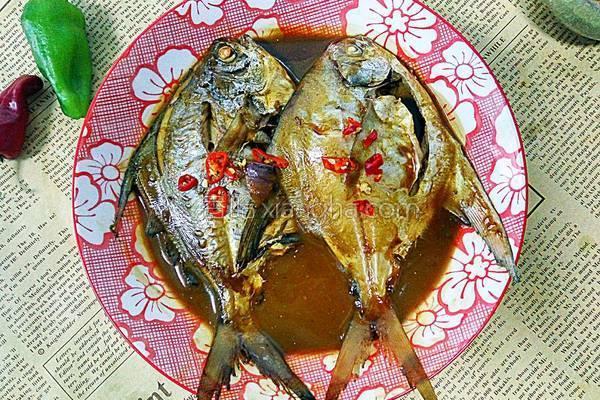 红烧熏肉的平鱼_做法_香哈网李连贵菜谱饭店图片