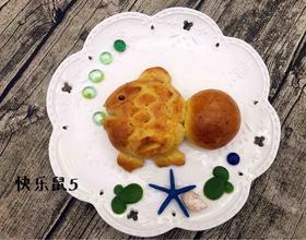 卡通鱼面包