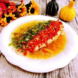 剁椒蒸白鱼