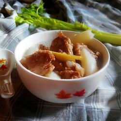 牛蒡鲜淮山排骨汤