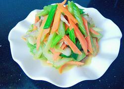 西芹胡萝卜炒肉