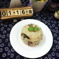 #李锦记#蚝油排骨香菇腊肠饭