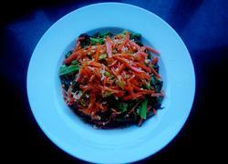 炝拌菠菜胡萝卜