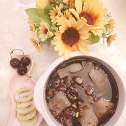 糯米黑豆淮山养生粥的做法[图]