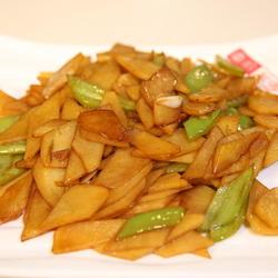 尖椒土豆片的做法[图]