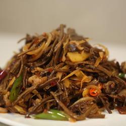 干锅茶树菇的做法[图]