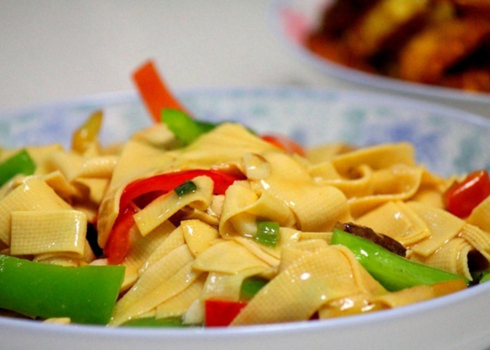 炒尖椒干豆腐