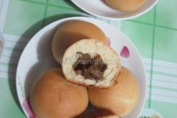 葡萄干小面包的做法