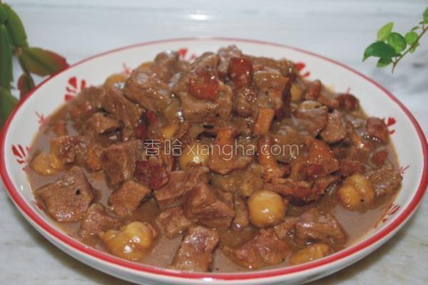 牛肉炖双菇的做法