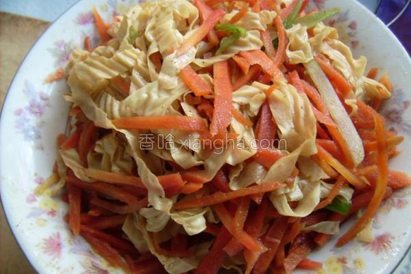 凉拌干豆皮红萝卜的做法