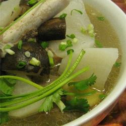 羊骨萝卜汤的做法[图]