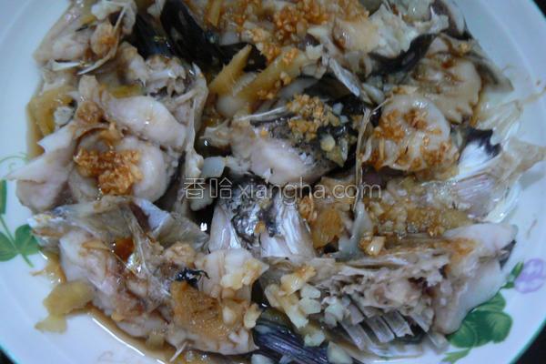 黄金蒜头鱼的做法