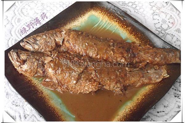 炖肉汤煨黄花鱼的做法
