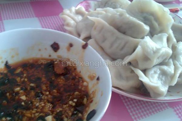 东北酸菜饺子的做法
