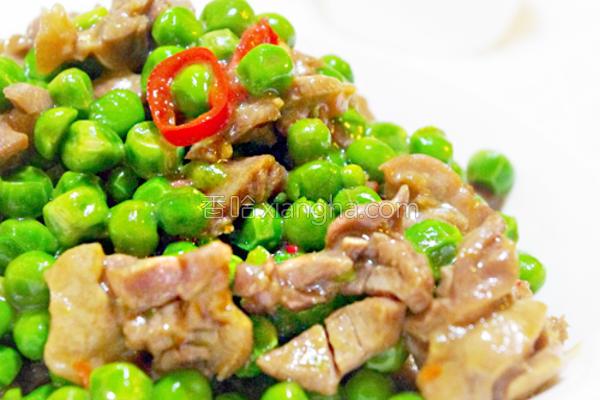 豌豆炒鸡胗的做法