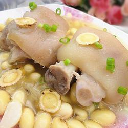 黄芪黄豆煲猪爪的做法[图]