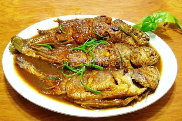 酱焖黄花鱼的做法
